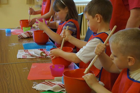 Kids Cooking Classes – Baking Utensils at The Ready!