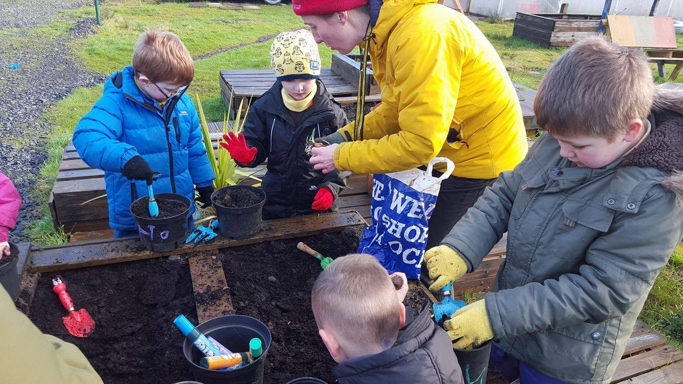 Nurture Group – mini gardeners!